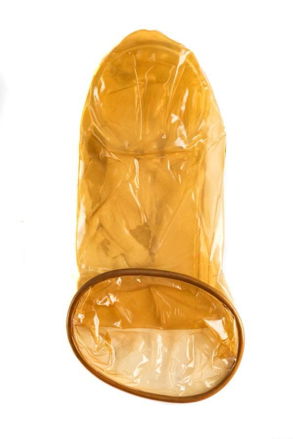 FC2 Female Condom, light brown